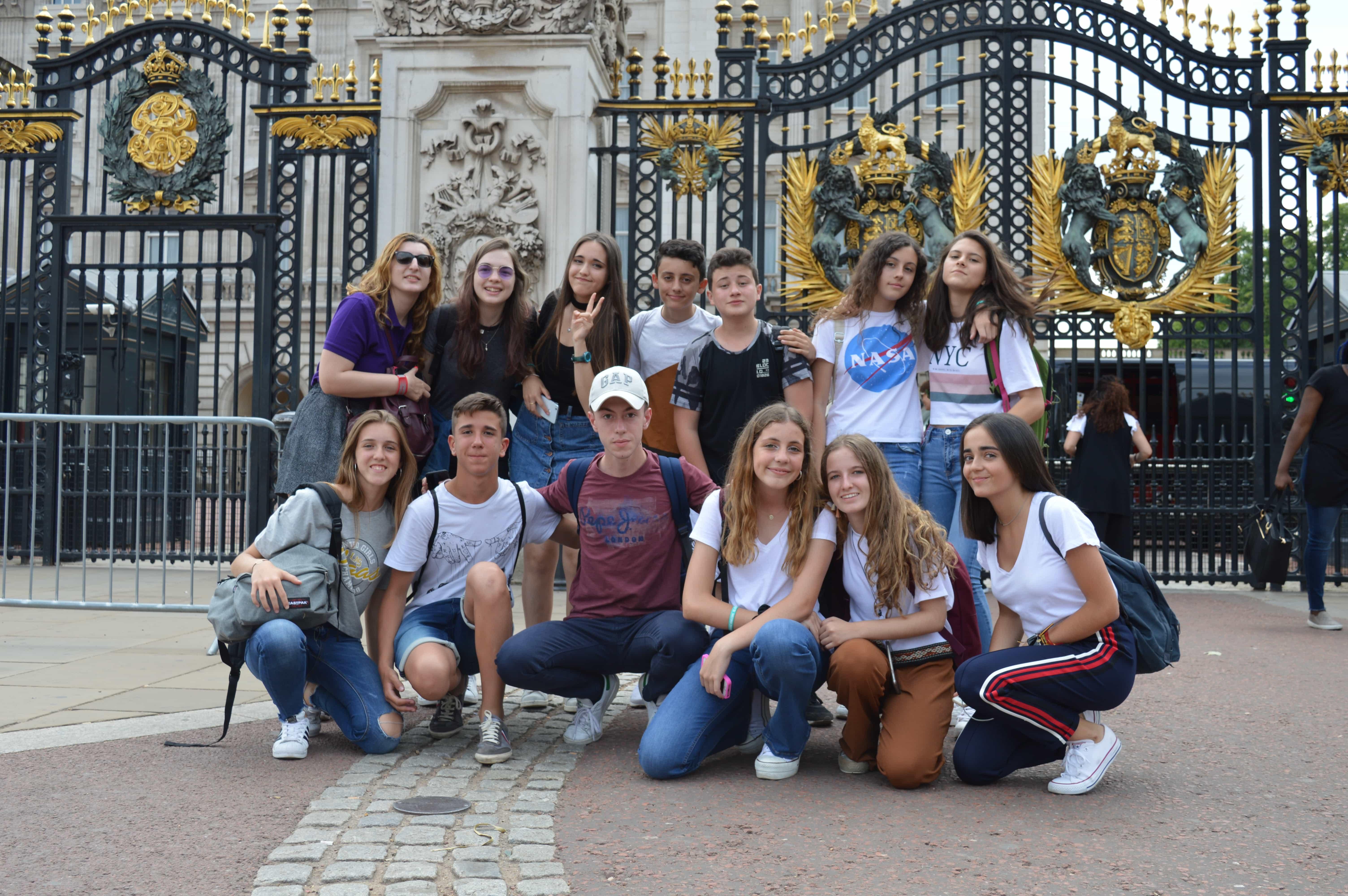 englishlanguagehomestays-clung 5 in Buckingham Palace