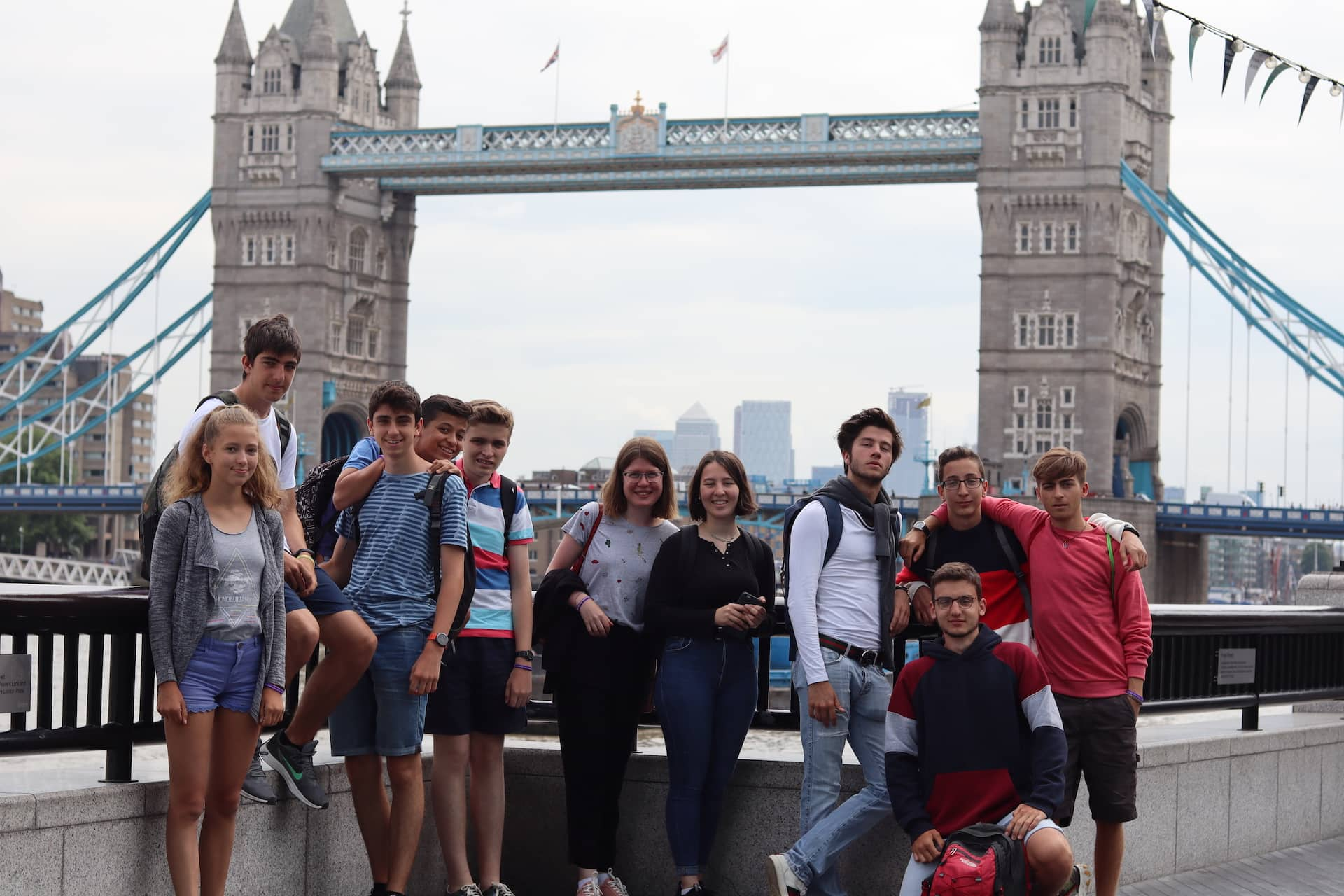Attending an English Summer School is a great opportunity for international school-age students to improve their English, meet other students from around the world and immerse themselves in another culture. But not all schools are the same. While cost can be a major factor when deciding, there is a lot more to consider. You want to make sure it is right for you and offers a great experience with quality results. There are important questions to ask and different options to consider. Our multi-national summer school in Brighton provides a range of learning and activities for two age groups Juniors: 10-12 and Seniors: 13-17.